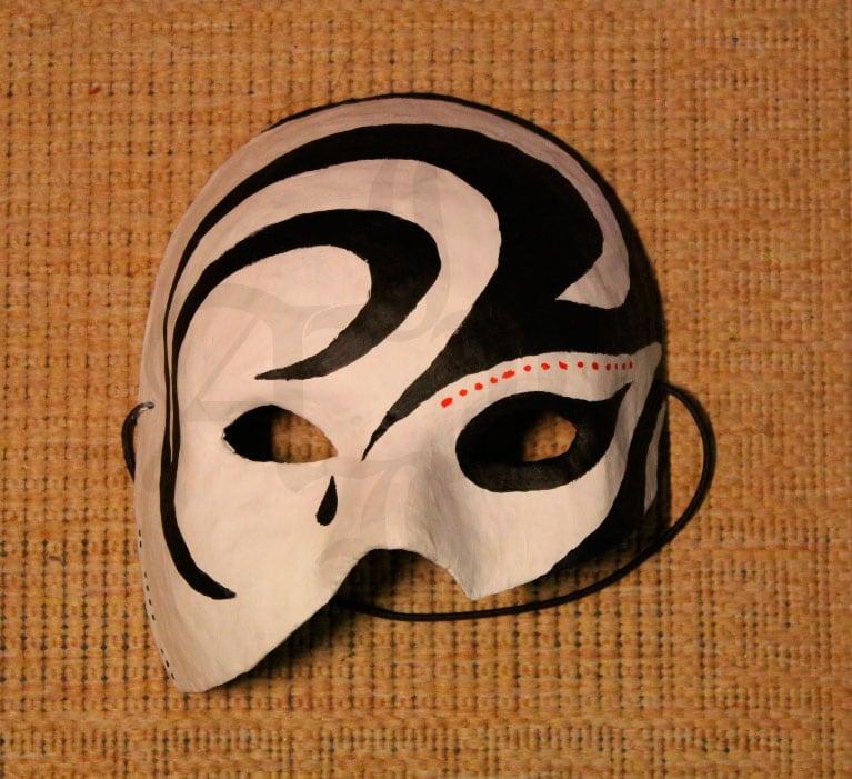 руками картона своими маска шурале из